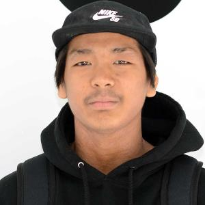 Austin_Thongvivong Headshot Photo