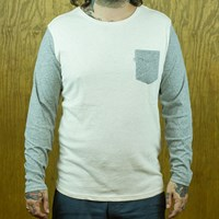 Levi's Long Sleeve Scoop Neck Pocket Tee, Color: Linen, Heather Grey in stock.