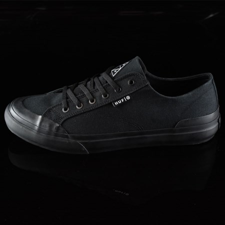 Size 8.5 in HUF Classic Lo Shoes, Color: Black, Black