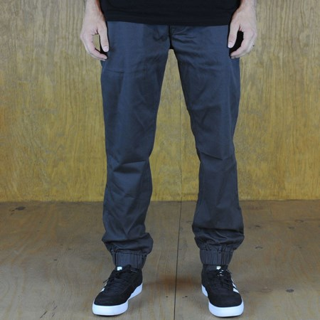 Size 36 X 32 in Levi's Chino Joggers, Color: Graphite