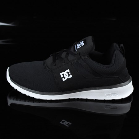 Size 8.5 in DC Shoes Heathrow Shoes, Color: Black, White