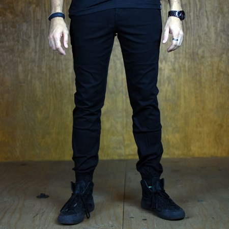 Size 36 in Primitive Carnaby Joggers, Color: Black